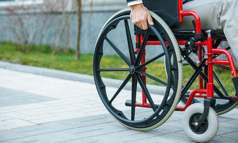Μνημόνιο και Άτομα με Αναπηρία